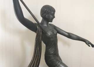 SCULPTURE DIANA THE HUNTRESS 2